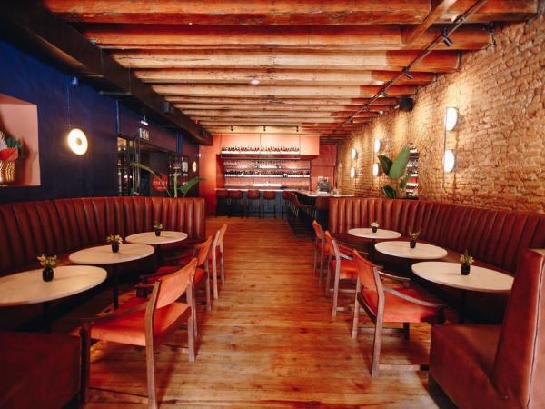 Matt Manning's New Wine Bar Officially Opens Its Doors photo