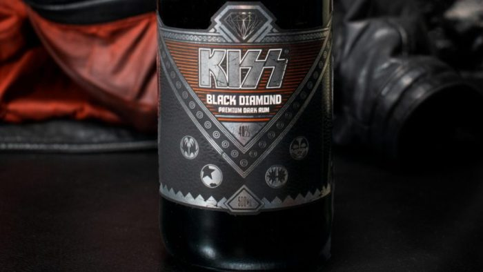 black diamond rum 700x394 Rock Band KISS Unveils Their First Dark Rum