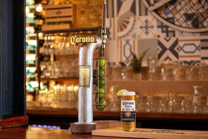 Ab Inbev: Corona Beer Had Bumper Uk Summer Mid-coronavirus Pandemic photo
