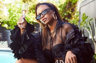 Dj Zinhle's Sparking Wine Sells Out In Just One Hour On Takealot! photo
