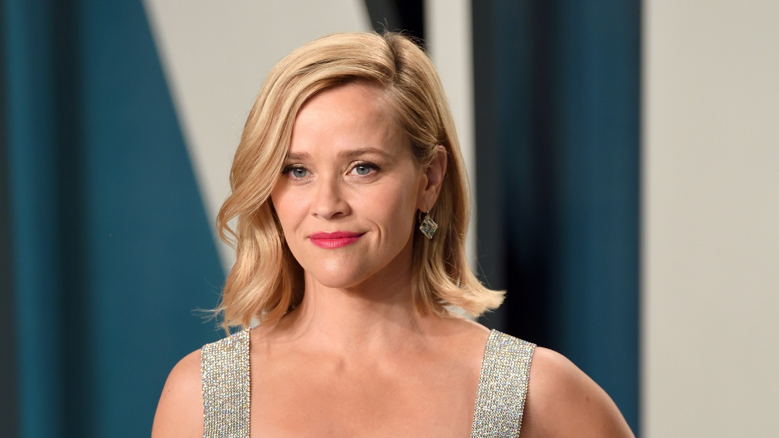 Reese Witherspoon's Aperol Spritz Recipe Has An Unexpected Ingredient photo