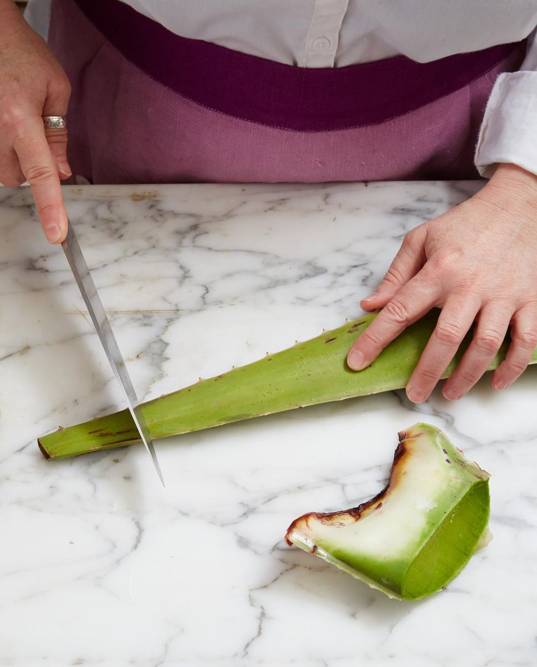 Curious About Using Aloe Vera In Cooking? Here's How To Butcher And Prepare It photo