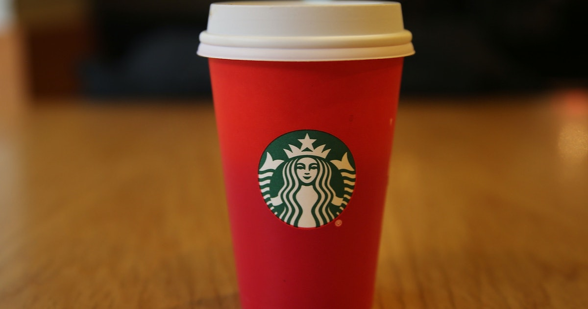 These Starbucks Holiday Drink Hacks On Tiktok Include A Gingerbread Latte Dupe photo