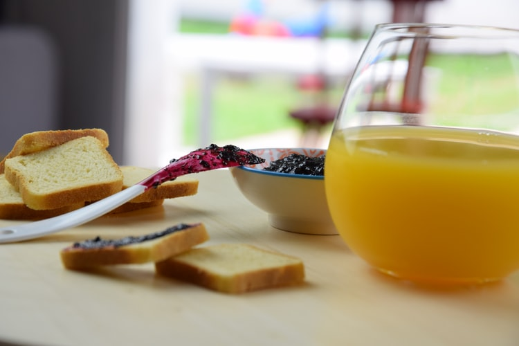 6 Breakfast Recipes Paired With Fruit Juice photo