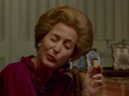 What To Drink While Watching The Crown photo