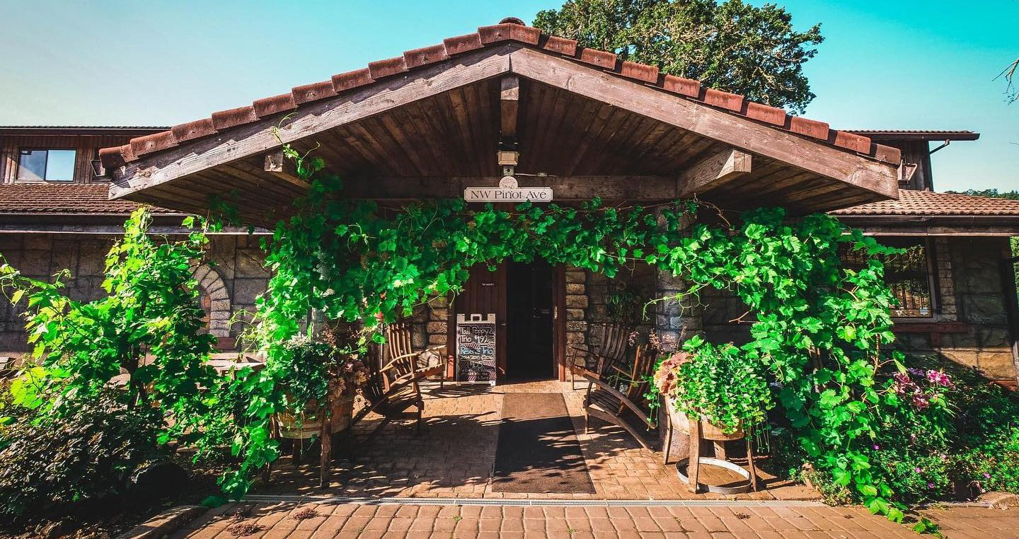 5 Fantastic Willamette Valley Wineries To Visit, Plus 5 Incredible Places To Stay photo