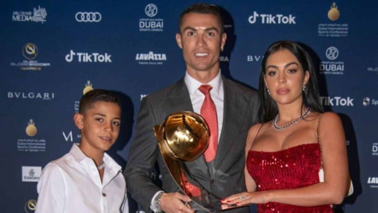 Ronaldo Uses 'player Of The Century' Speech To Warn Son Over Dangers photo
