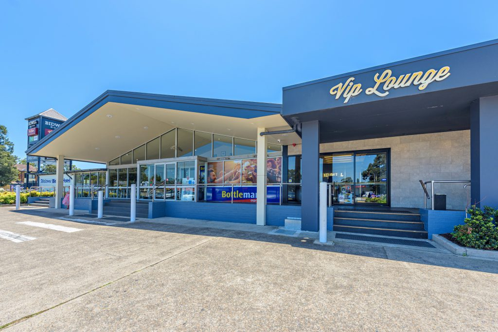 Laundys Beat The Competition To Top 100 Gaming Pub photo