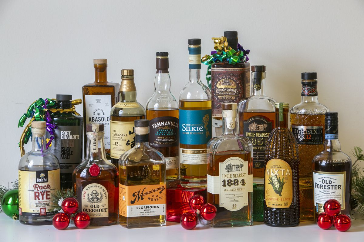 16 Great Whiskeys For A Sip Of Holiday Cheer photo