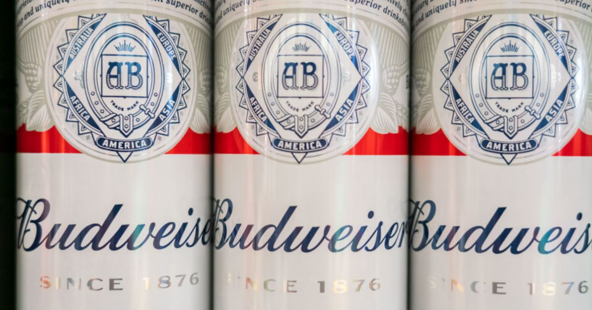 Want Your Canine On A Beer Can? Budweiser Shows You How photo