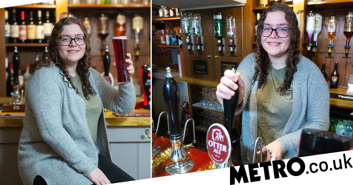 19-year-old Becomes Britain's Youngest Pub Landlady photo
