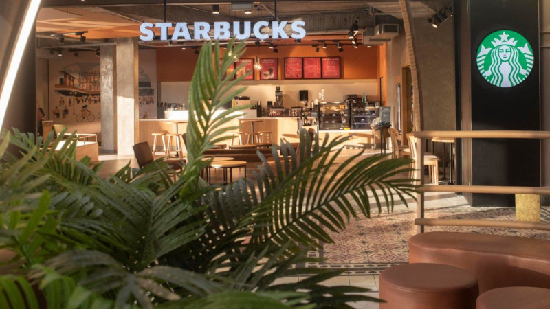 Flagship Starbucks Café Opens At The V&a Waterfront photo