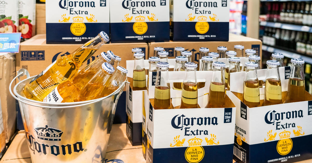 No, Corona's Beer Sales Did Not Suffer From The Coronavirus photo