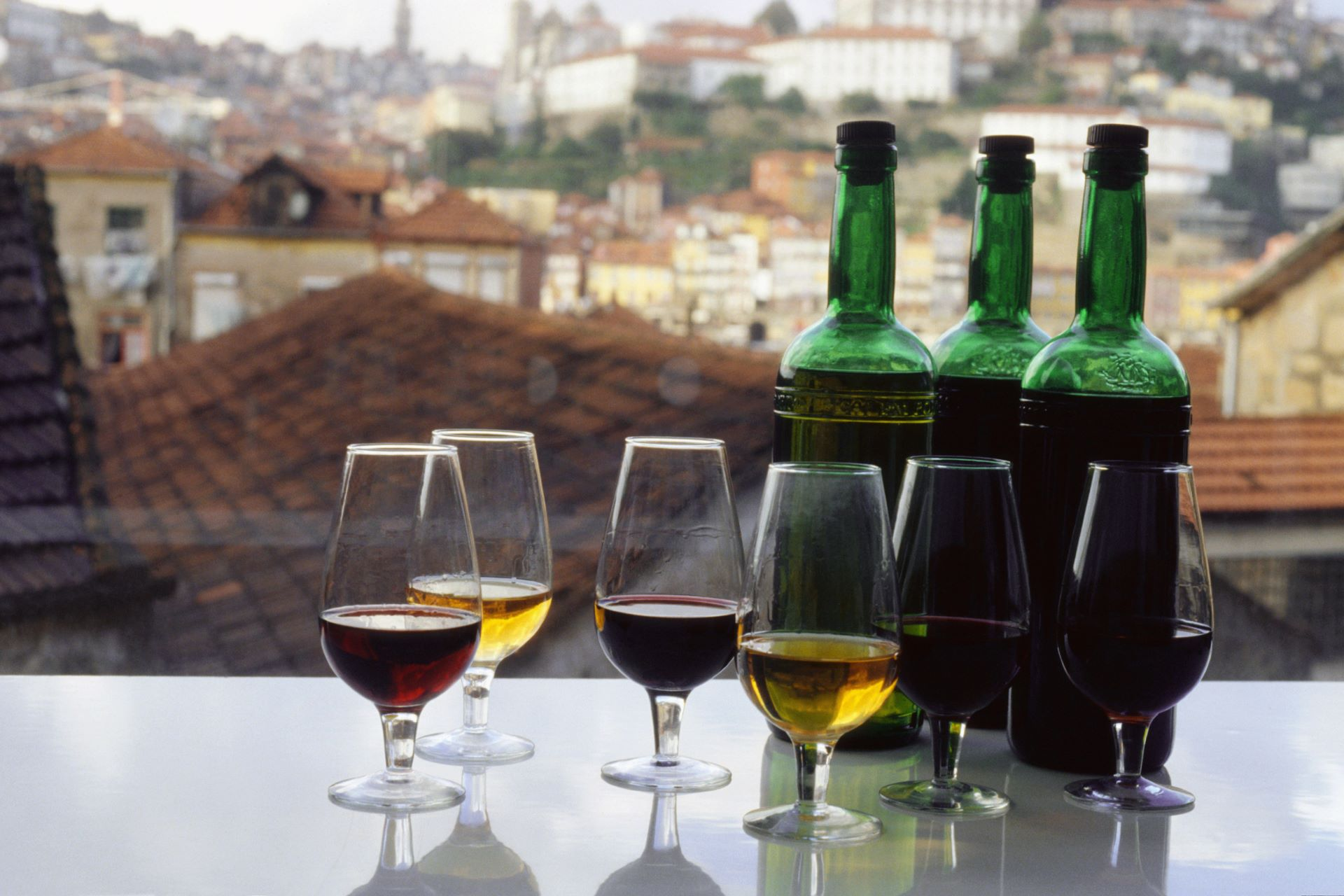 8 Of Our Favorite Fortified Wines To Warm Up Your Winter photo