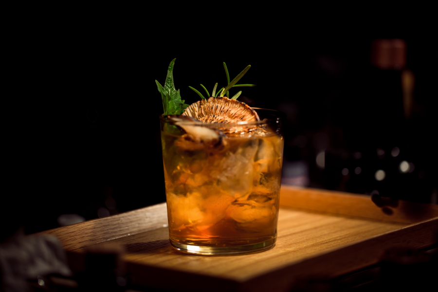 Top Brewers And Bartenders Wow With Indigenous Ingredients In Drinks photo