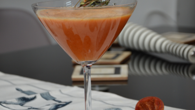 How To Make African Star Fruit Mocktail And Garlic Shrimp Sauce photo