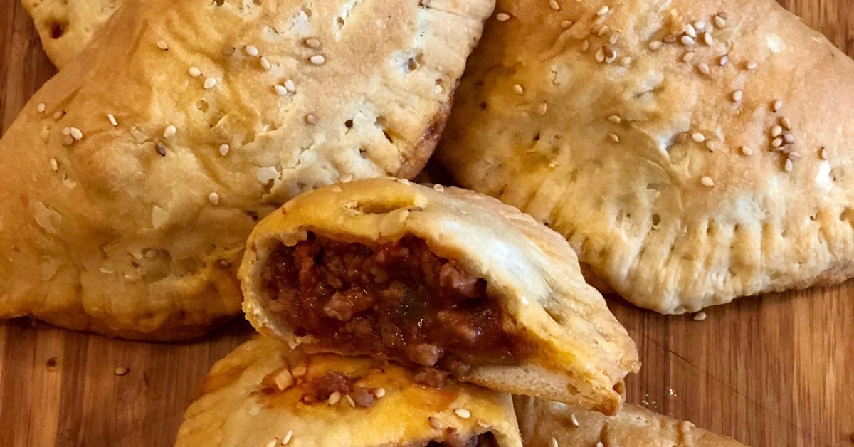 Menu Planner: Your Kids Will Flip For Sloppy Joe Pockets photo