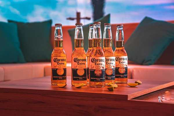 Corona Beer Maker Constellation's Shares Hit Record High On Strong Earnings; More Upside Likely photo