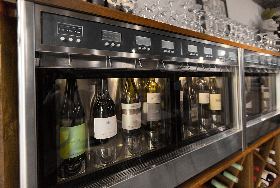 How To Choose The Right Wine Dispenser For Your Restaurant photo