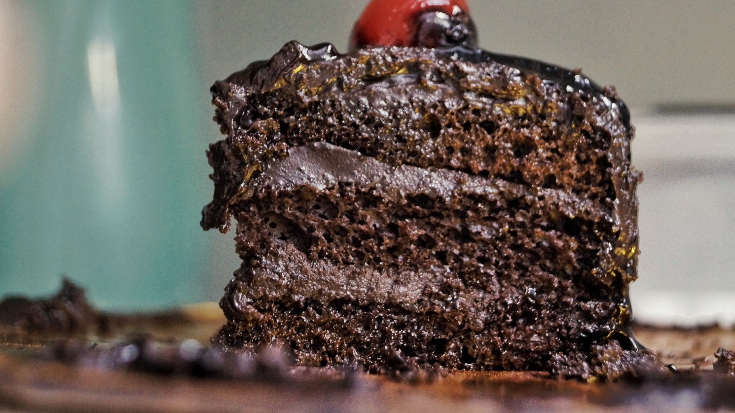 How To Make Cannabis-Infused Cake photo