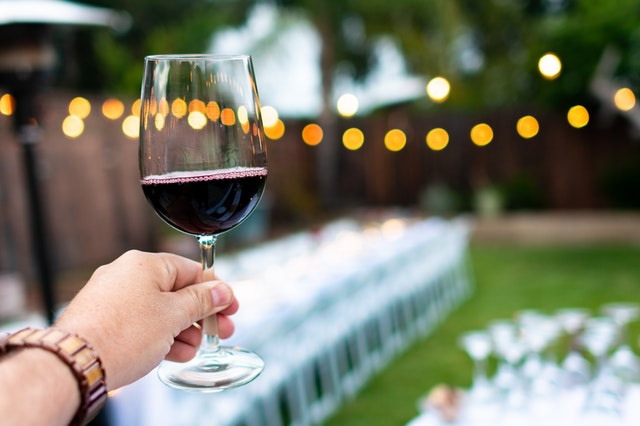 Five Delectable Wine Specials For Post-ban Delivery photo