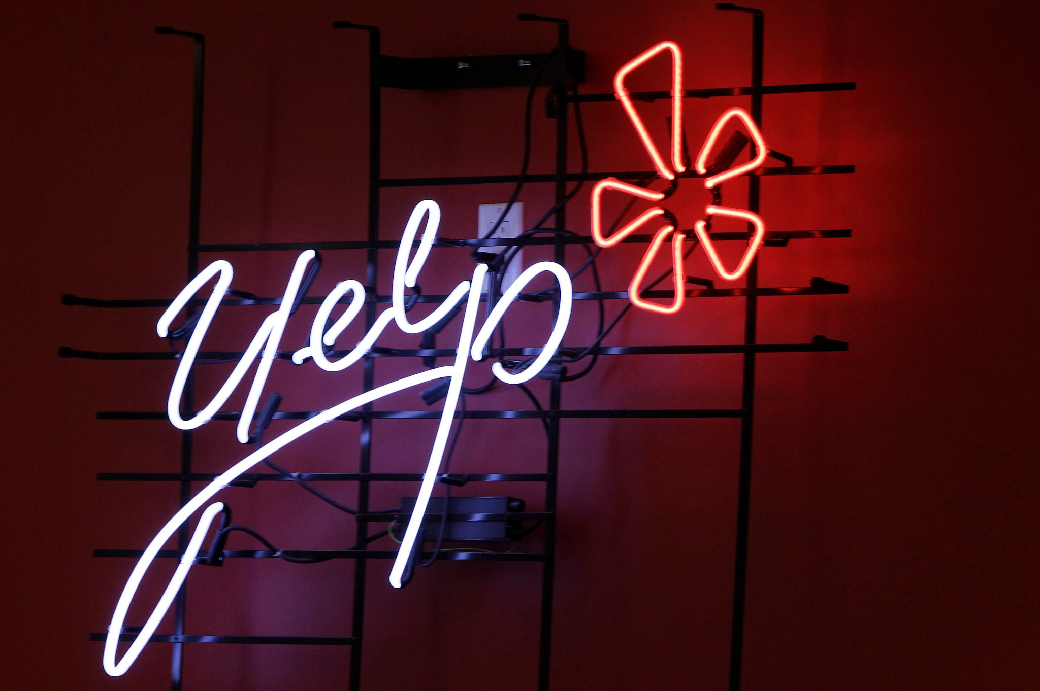 Yelp Will Now Display User Feedback On Restaurant Covid-19 Safety photo