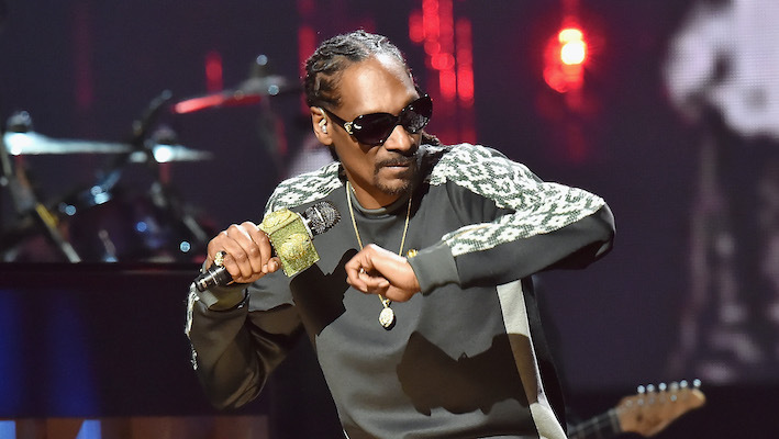 Snoop Dogg's Hologram Will Appear On His 19 Crimes Wine Bottle To Give Valentine's Day Advice photo