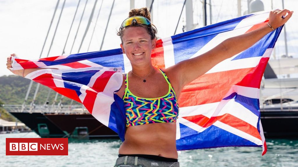 Thirsk Teacher, 21, Becomes Youngest Solo Female To Row Atlantic photo