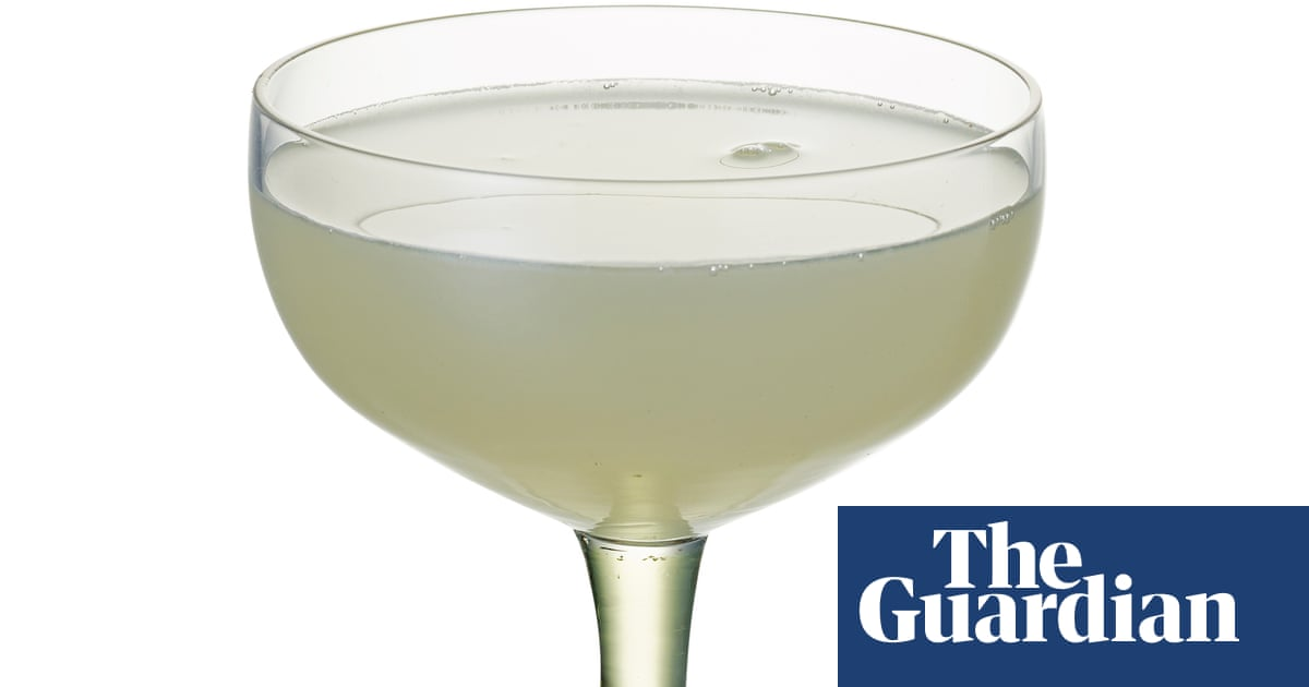 Cocktail Of The Week: Dinings' Haru Gimlet – Recipe photo