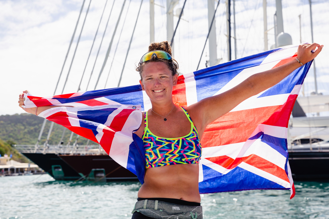 The Female Field: Jasmine Harrison, 21, Becomes Youngest Woman To Row An Ocean photo