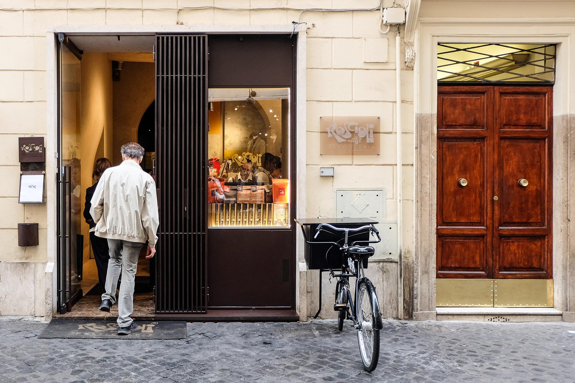 Nature Is Healing, Italians Can Return To Coffee Bars photo