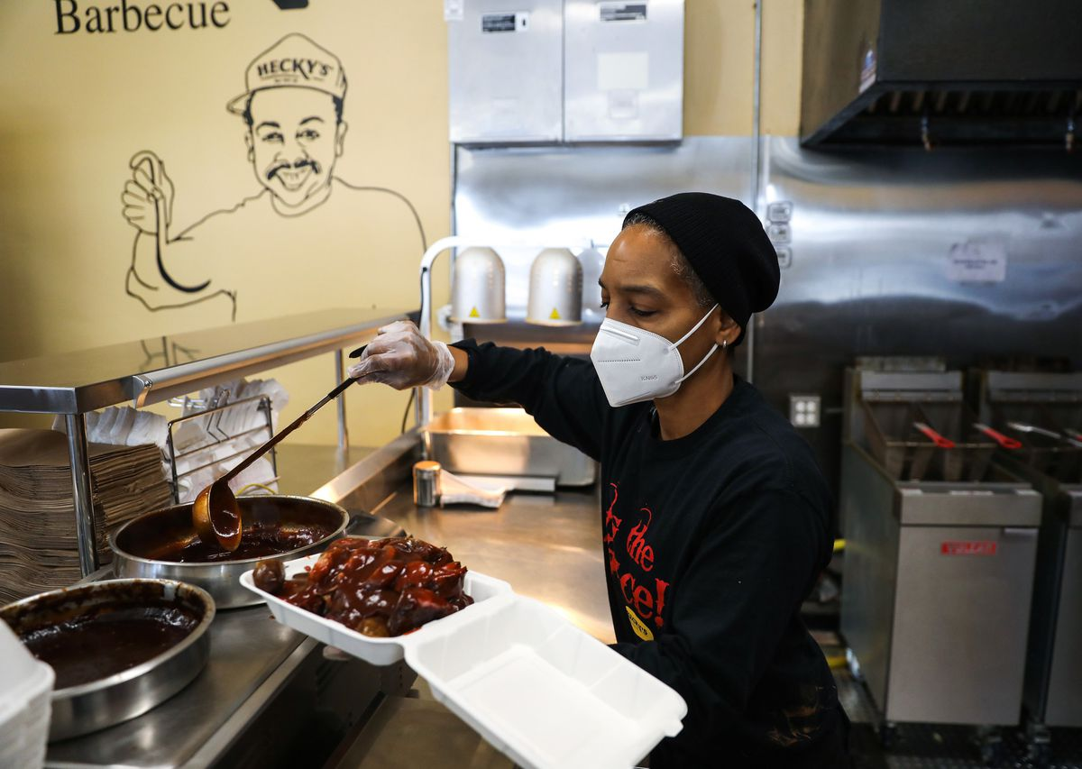 Hecky's Barbecue In Evanston photo