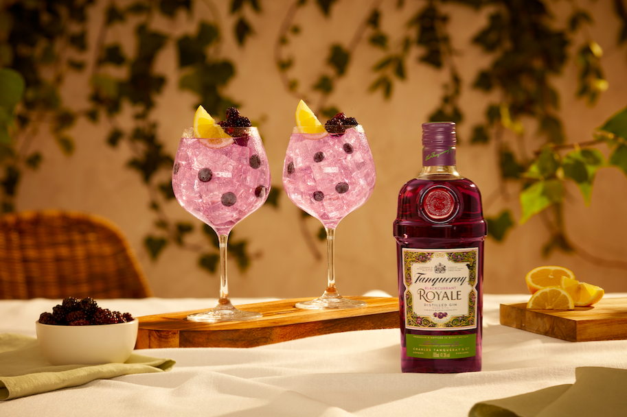 Tanqueray Launches Blackcurrant Gin photo