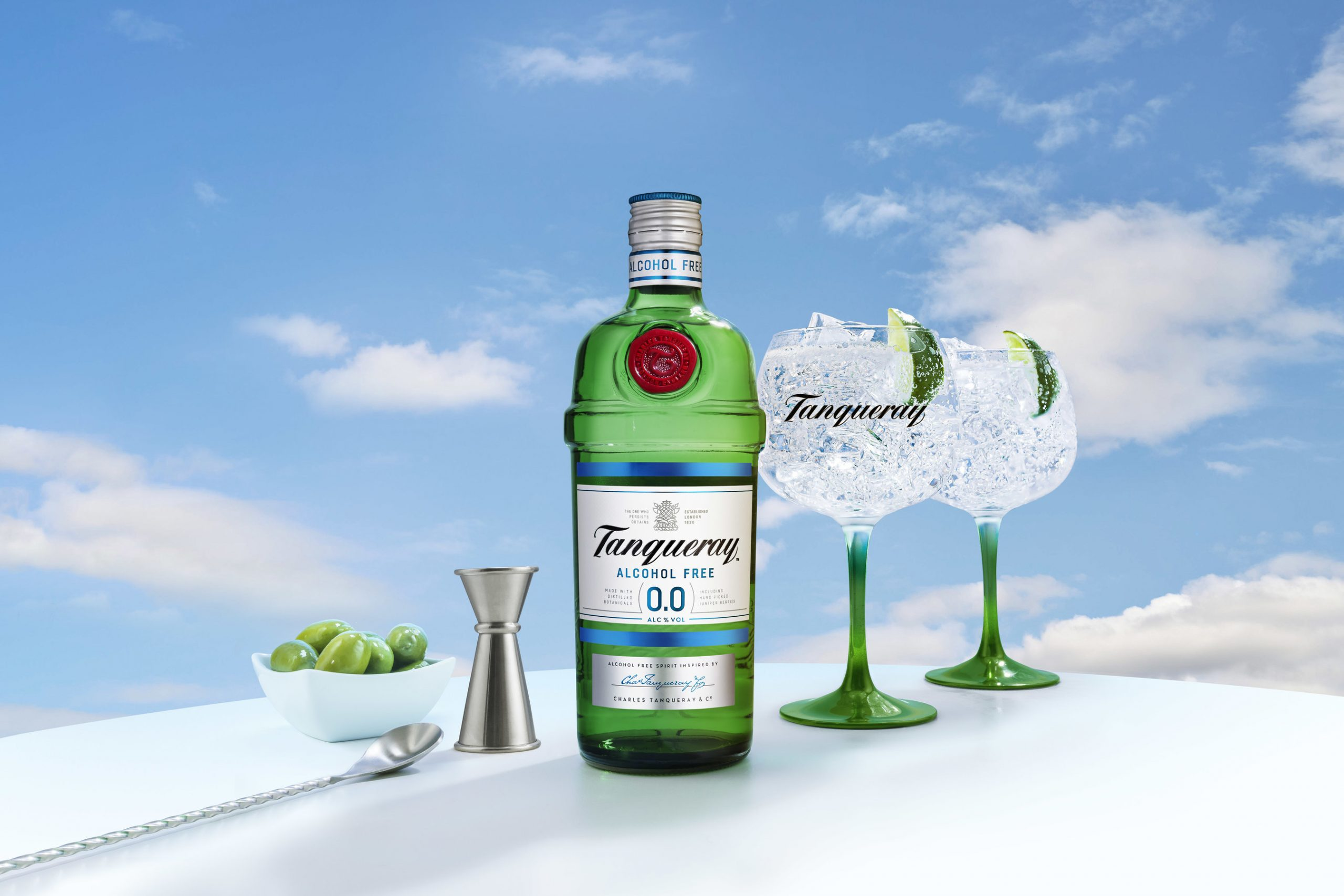New Tanqueray 0.0%: All The Taste, Zero Alcohol photo