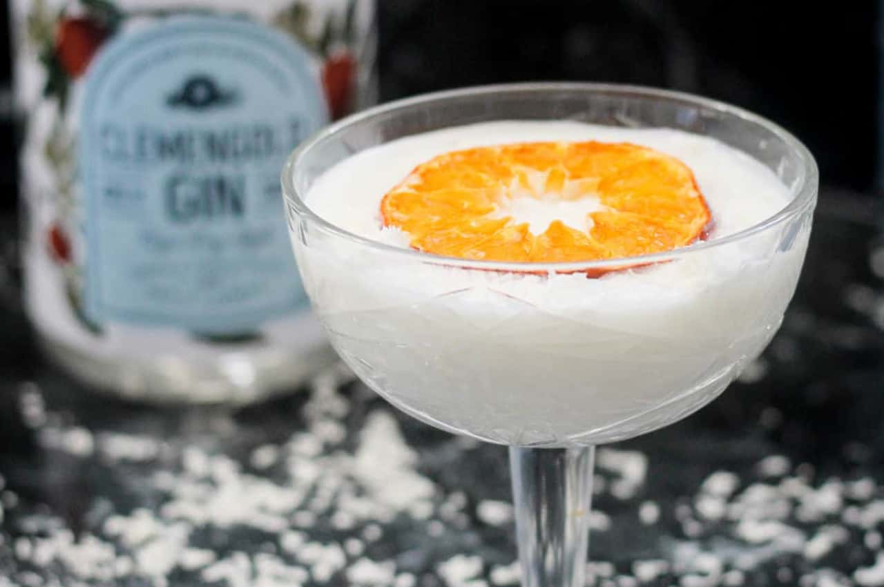 White Chocolate & Clemengold Gimlet photo