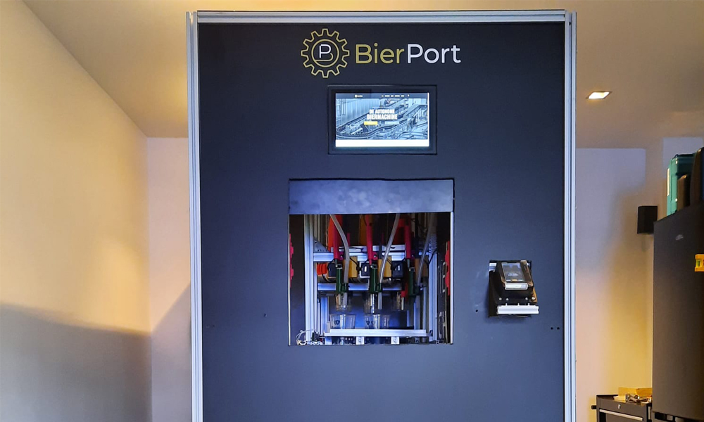This Vending Machine Taps Perfect Beers Within 7 Seconds photo