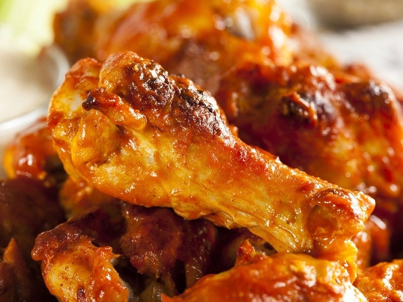 Inquirer Food Critic Lauds Ardmore Restaurant's Chicken Wings photo