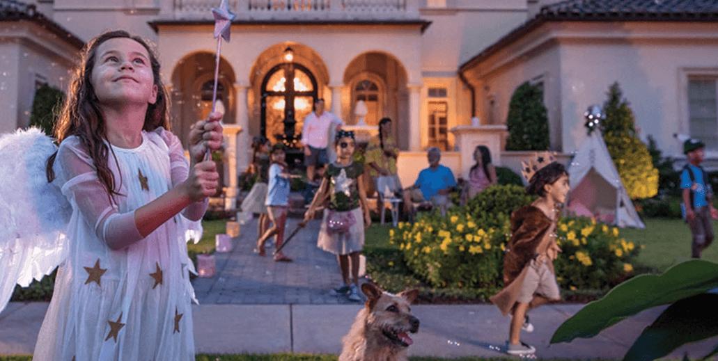 $3.2m Disney World Golden Oak Home Sold To Bacardi Heiress photo