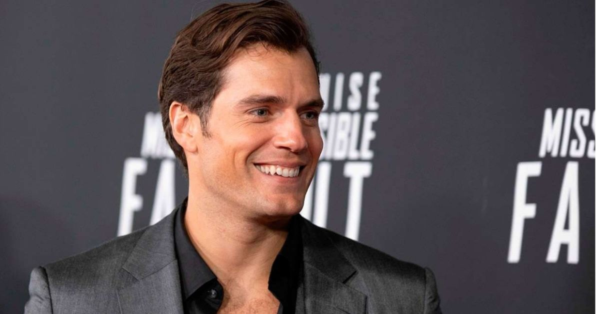 Henry Cavill Tries To Make His Don Julio '42 Mixers Holistic photo