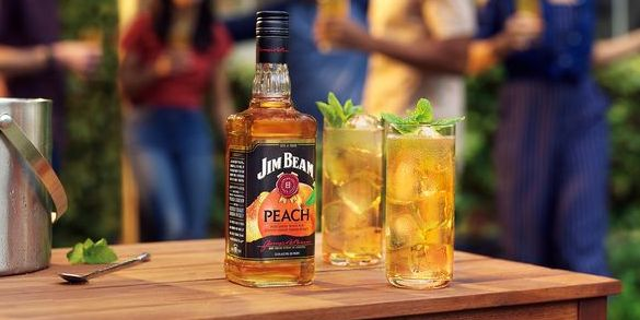 Jim Beam's New Peach Flavour Is Here To Blow Your Tastebuds Away photo