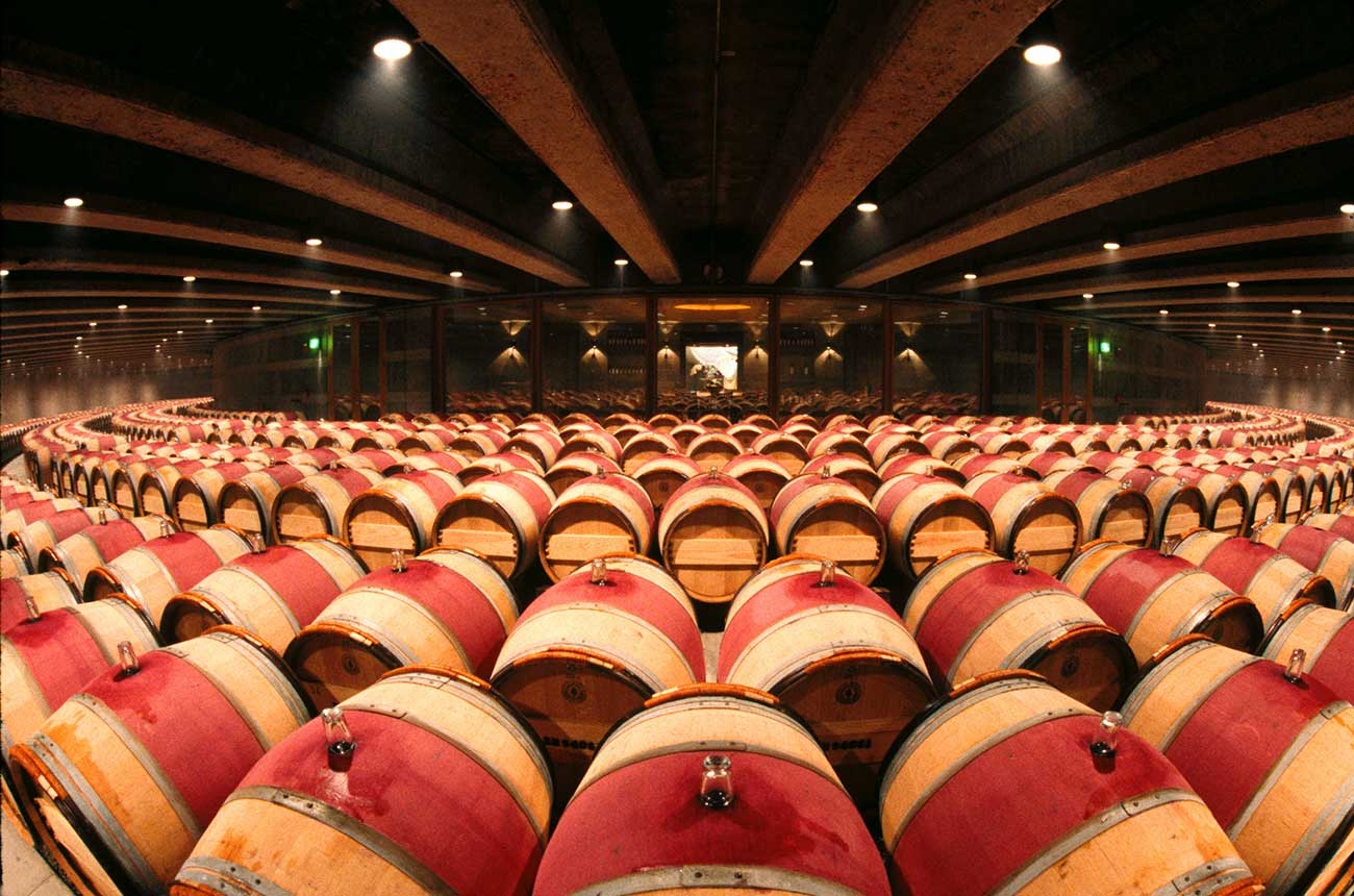 Rare Napa Auction Begins With Screaming Eagle, Opus One photo