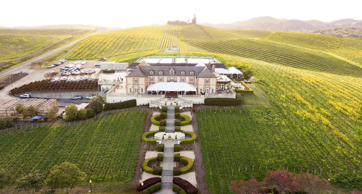 Best 25 Wineries: Where To Go Wine Tasting In Napa And The Bay Area, Spring 2021 photo