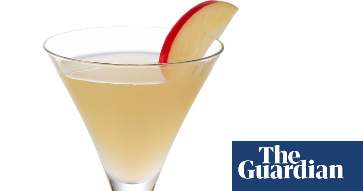 Cocktail Of The Week: Myrtle's Apple Martini Recipe For St Patrick's Day photo