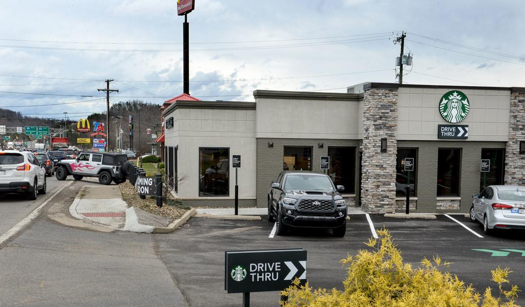 New Teays Valley Starbucks Highlights Shift Toward Drive-thru Service photo