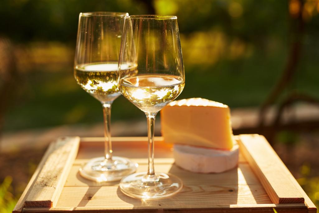 Spring Wine Tasting: 30+ Napa, Sonoma, Paso Wine Experiences To Enjoy photo