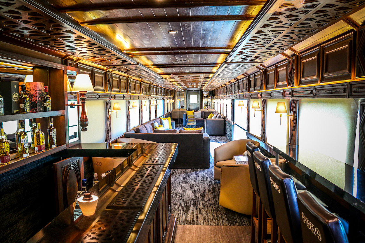 Take A Look Inside Mexico's All-you-can-drink Tequila Train photo