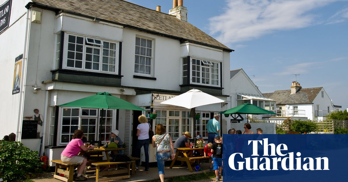 10 Of The Best Kent Coast Pubs With Beer Gardens photo