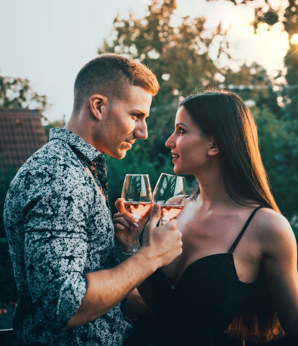 10 Ways Alcohol Affects Relationships photo