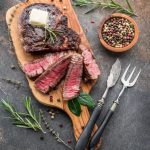 3 Keys To Choosing The Best Steak Knives For Your Kitchen photo