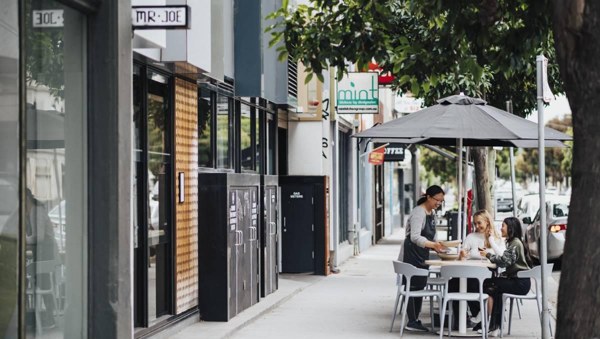 Melbourne Restaurant Showcases Regional Wineries In New Dinner Series photo